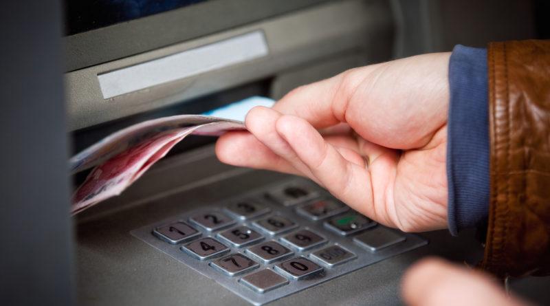 Альфа-Банк лимит снятия наличных